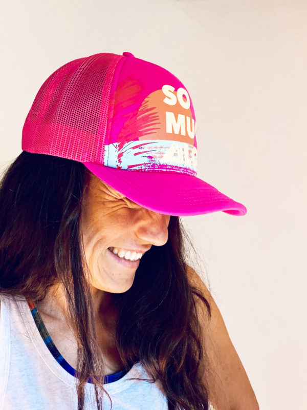 Pink_Trucker Cap_side_close
